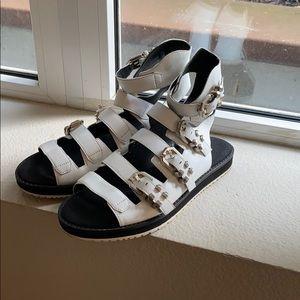 Kenneth Cole gladiator style sandal